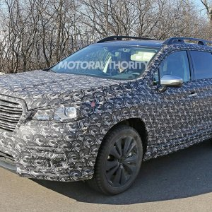 2018 subaru ascent spy shots